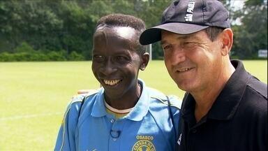 Muricy da Varze encontra o verdadeiro Muricy Ramalho - Treinador na Varzea, o tecnico visitou o CT do Sao Paulo, na Barra Funda