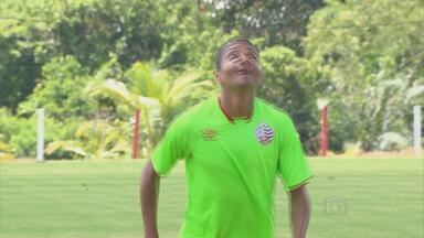 David ganha moral com Moacir Júnior no início da temporada do Náutico - Pelas palavras do treinador, atleta é o titular absoluto da lateral-direita do Timbu
