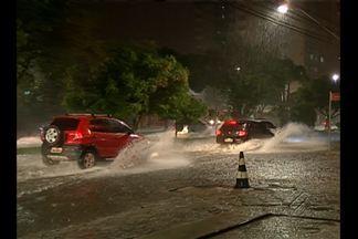 Chuvas intensas trazem alagamentos e prejuízos à comunidade em Belém - Esse foi o saldo da chuva forte que atingiu ontem a capital.
