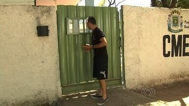 Pais reclamam do horário de funcionamento de Cmeis em Goiânia - Eles afirmam que em algumas unidades as crianças não podem ficar o dia todo, como de costume.