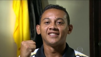 Após superar drama familiar, Magnum quer se reerguer pelo Volta Redonda - Jogador passou por depressão depois de perder a mãe e hoje quer voltar a ser destaque no futebol, no Campeonato Carioca.