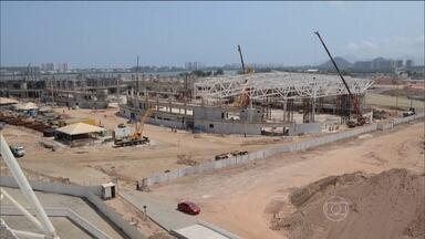 """""""Mãos à obra"""": Parque Olímpico deve ser concluído no primeiro trimestre de 2016 - Algumas arenas serão desmontadas ao final dos Jogos e se tornarão escolas."""