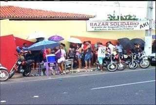 Receita Federal realiza bazar em Juazeiro do Norte - Produtos são vendidos em casa de show no Bairro Triângulo.