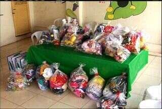 Instituto de Apoio à Criança com Câncer entrega ítens arrecadados no Natal em Barbalha - Roupas, brinquedos e alimentos foram arrecadados durante 30 dias na sede do Vapt Vupt, em Juazeiro do Norte.