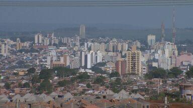 Moradores de Ribeirão Preto sofrem com altas temperaturas - Sensação térmica faz parecer que está mais quente do que marca o termômetro.