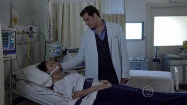 Capítulo de 20/01/2015 - Marcos mexe no tubo de oxigênio de Sueli
