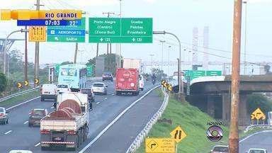 Inicia nesta quarta-feira (21) a construção de um novo viaduto na freeway, RS - Construção é na BR-290, no km 92 da freeway, no sentido litoral capital. Fim da obra está previsto para novembro e deve reduzir congestionamento.