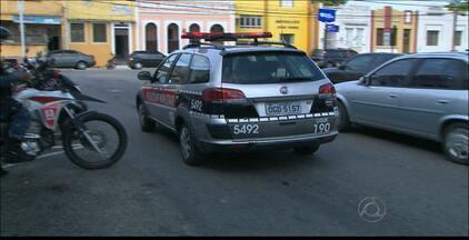 Tiroteio assusta comerciantes no Centro de João Pessoa - A polícia ainda não identificou os envolvidos na confusão.