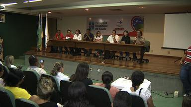 Sindicalistas participam de assembleia contra extinção da Fundação Hospitalar de Saúde - Sindicalistas participam de assembleia contra extinção da Fundação Hospitalar de Saúde.