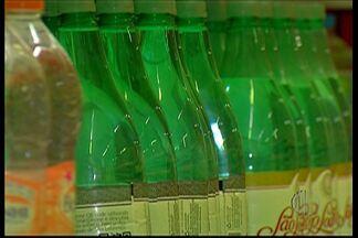 Especialistas indicam quais bebidas são mais eficientes para hidratação - De acordo com nutricionista e nefrologista, Rui Alberto Gomes, nem todas as bebidas são capazes de hidratar o corpo.
