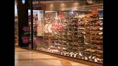 Escolha do ponto comercial é determinante para o sucesso da empresa - Saiba as vantagens e os custos de um ponto comercial dentro de shopping center. Confira também as estratégias para a escolha do melhor lugar do ponto.