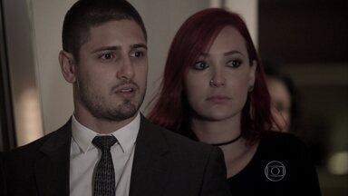 Império - capítulo de sábado, dia 24/01/2015, na íntegra - João Lucas vai atrás de Maria Isis para descobrir o paradeiro do pai