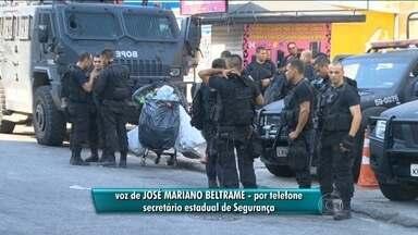 """Combate à violência no Rio depende de ação conjunta, diz Beltrame - O Secretário de estado de Segurança do Rio José Mariano Beltrame afirmou que os últimos casos de balas perdidas no Rio foram provocados por uma """"nação de criminosos"""". Ele defendeu ainda que a segurança depende de uma ação conjunta."""