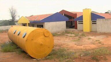 Comunidade reclama da demora para concluir construção de Cmei em Aparecida de Goiânia - Enquanto isso, muitas mães sofrem com a falta de vagas na rede pública.