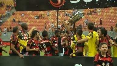 Flamengo bate São Paulo e conquista primeiro título do ano - Equipe vence por 1 a 0 e fica com taça do Torneio de Verão.