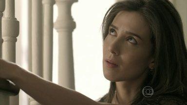 Cora planeja se livrar de Jurema e Reginaldo - Antoninho teme que megera invada barracão da escola de samba para assediar José Alfredo
