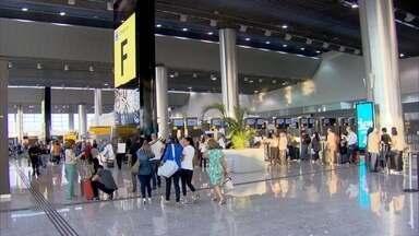 Aeroporto de Cumbica completa 30 anos - Quando foi anunciada a construção do Aeroporto Internacional André Franco Montoro houve muita polêmica. Ele é o 31º aeroporto em número de trânsito de passageiros e o segundo maior do hemisfério sul.
