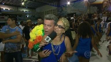"Milton Cunha descobre o 'Bafão de Momo' da Beija-Flor - No último episódio do ""Bafão de Momo"", Milton Cunha foi descobrir os bafões da escola de samba onde ele começou a carreira como carnavalesco."
