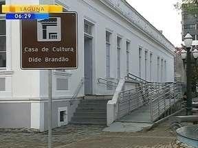 Casa de Cultura Dide Brandão, em Itajaí, fecha por tempo indeterminado - Casa de Cultura Dide Brandão, em Itajaí, fecha por tempo indeterminado
