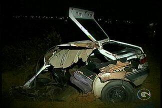 Caiu o número de acidentes nas rodovias do país no ano passado, em relação a 2013. - Foram quase 10% a menos. Aqui em nossa região, a Polícia Rodoviária Federal também registrou uma redução nesses números