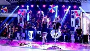 Marcos e Belutti cantam o sucesso 'Domingo de Manhã' no Mais Você - Hit foi o mais tocado no Brasil em 2014
