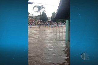Chuva causa prejuízos em cidades do Alto Tietê - As cidades mais atingidas foram Ferraz de Vasconcelos e Poá.