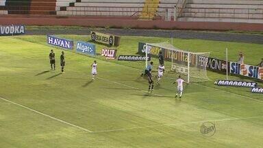 Botafogo-SP vence Bragantino - Time conseguiu primeira vitória no Santa Cruz no Campeonato Paulista.