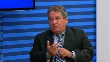 Prefeito de Várzea Grande (MT) responde a questionamentos sobre os problemas da cidade - Prefeito de Várzea Grande responde a questionamentos sobre os problemas da cidade.