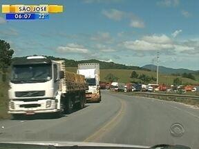 Veja giro de notícias pelos locais bloqueados pela paralisação de caminhoneiros em SC - Veja giro de notícias pelos locais bloqueados pela paralisação de caminhoneiros em SC