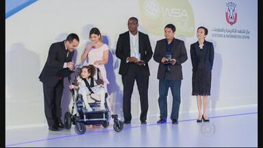 Aplicativo criado por pernambucano ganha prêmio de inclusão da ONU - Ele criou o programa para ajudar a filha, mas a ideia está ganhando o mundo.