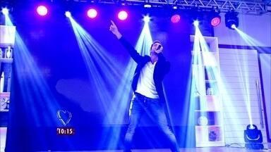 Atração internacional! Músico David Bisbal canta no Mais Você - Músico, que já conquistou a Espanha e América Latina, soltou a voz no palco do programa