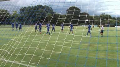 Tranquilidade marca a semana de treinos no Londrina - Jogadores do Tubarão não querem se apavorar antes de encarar a defesa menos vazada do campeonato