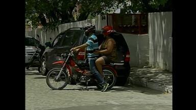 Donos de 'cinquentinhas' devem fazer cadastro da motocicleta em Caruaru - Procedimento ocorre até o dia 31 de maio e, após feito, vale por 30 dias. Depois, deve-se registrar, matricular e emplacar o veículo, segundo Destra.