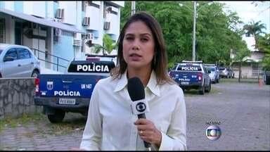 Homem é morto com pelo menos 26 tiros em Abreu e Lima - Crimes vêm chocando moradores do município no Grande Recife.