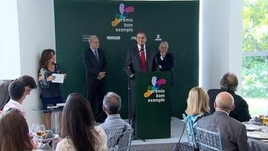 Edição do Prêmio Bom Exemplo 2015 é lançada em Belo Horizonte - A iniciativa é um reconhecimento a pessoas que contribuem para construção de uma sociedade mais solidária e cidadã.