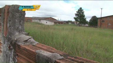 População não consegue lugar para realizar velórios em Guarapuava - A cidade conta com uma capela mortuária oficial, da prefeitura, e outra improvisada em uma associação de bairros.