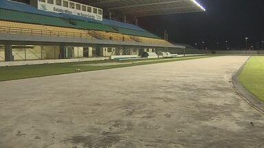 Confira as notícias do Esporte no Bom Dia Amazônia - O projeto de reforma do estádio Zerão previa a construção de uma pista de atletismo. Mas em fevereiro do ano passado, quando foi reinaugurado, nada a pista. O material até chegou a ser comprado, mas não foi usado e acabou perdendo o prazo de validade.