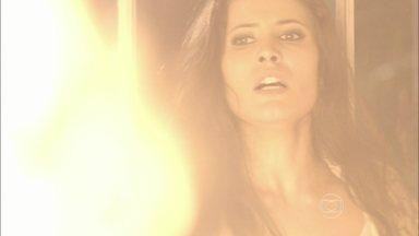 Império - Capítulo de quarta-feira, dia 04/03/2015, na íntegra - Carmen morre em incêndio