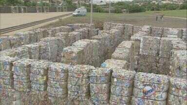 Obra de arte reciclável é montada na Praça Arautos da Paz em Campinas - A obra é um labirinto reciclável. A entrada é gratuita, e estará aberta a partir deste sábado (14) até o dia 29 de março. Das 9h às 18h.