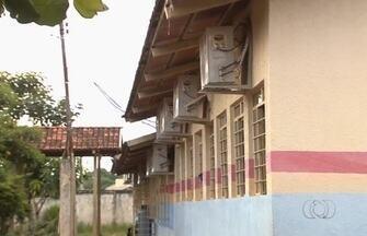 Aparelhos de ar-condicionado instalado em escolas estão há dois anos sem funcionar, em GO - Alunos de escolas municipais de Aparecida de Goiânia reclamam que os aparelhos não podem ser ligados.