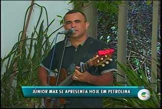 Confira o trabalho do cantor Júnior Max - Ele tem 15 anos de estrada e um repertório bem variado.