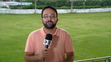 Após treino com portões fechados, Tupi-MG dribla imprensa em Juiz de Fora - Sem vencer há três jogos no Mineiro, jogadores do Galo Carijó não conversam com jornalistas após o treino desta sexta-feira