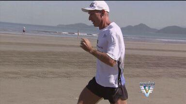 Santista Valmir Nunes conquistou mais uma medalha na carreira - Ultramaratonista levou a medalha de prata da Carolina do Norte, nos Estados Unidos