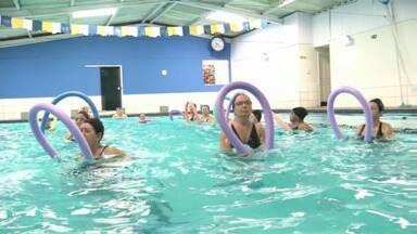Piscina, natação e hidroginástica trazem muitos benefícios para pessoas de todas as idades - Veja o que dizem os especialistas.