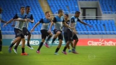 Botafogo mostra que união é uma das maiores armas do time no Cariocão 2015 - Renê Simões lembra que MArcelo Mattos e Bill ficarão de fora, mas confia no grupo para substituí-los.