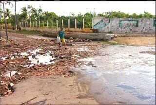 Chuva de 33 milímetros causa transtornos em Juazeiro do Norte - Prefeito promete soluções para a situação.