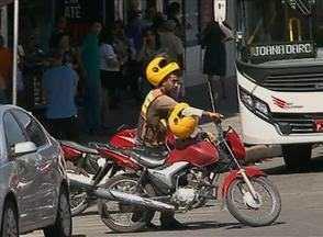 Mototaxistas reclamam da falta de fiscalização da prefeitura, em Garanhuns - Muitos clandestinos estão exercendo a atividade livremente no município.
