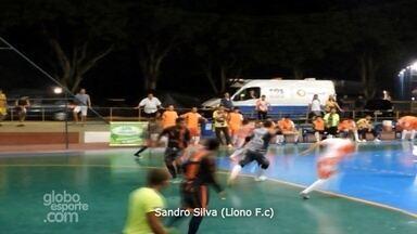 Goleiro Sandro Silva, do Lion F.C, faz gol de longe - Jogada concorre ao 'Gol mais bonito' da Copa Rede AM de Futsal.