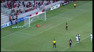 Atlético-PR e Maringá se enfrentam na Arena pelo Campeonato Paranaense - Atlético abriu o placar com um pênalti.