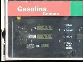 Aumento na porcentagem do etanol preocupa condutores - Quem tem carro mais antigo pode ser prejudicado.